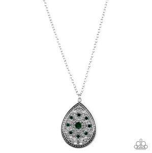 Green necklace/earrings  paparazzi